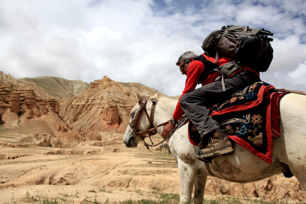 Produktfotografie-Juergen-Sedlmayr-LEKI-Nepal-Upper-Mustang