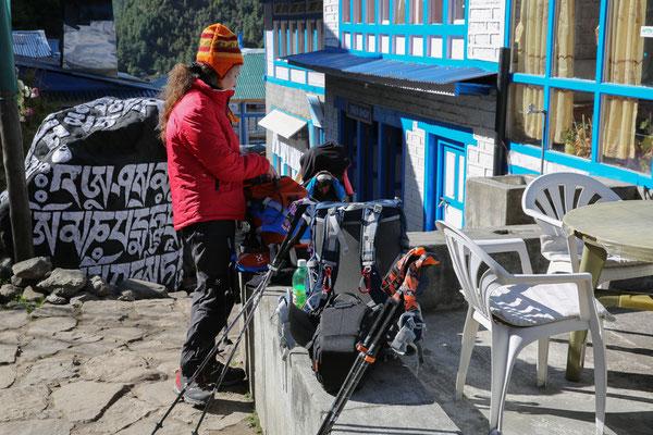 Trekkingstöcke_LEKI_Nepal_Manuela9