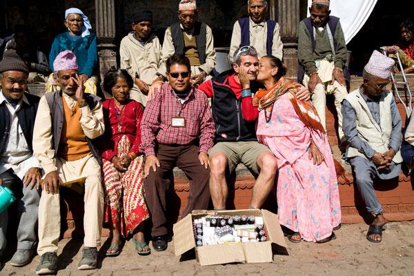 Spendenübergabe-Juergen-Sedlmayr-Nepal21