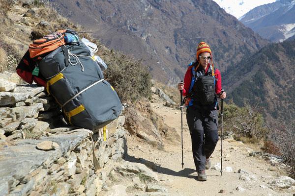 Trekkingstöcke_LEKI_Nepal_Manuela6