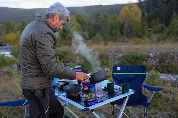 Simpert_Reiter_Trekking_Nahrung_Jürgen Sedlmayr_Norwegen_08