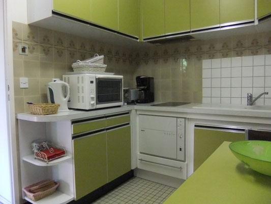 cuisine aménagée , gîte Maison Blanche