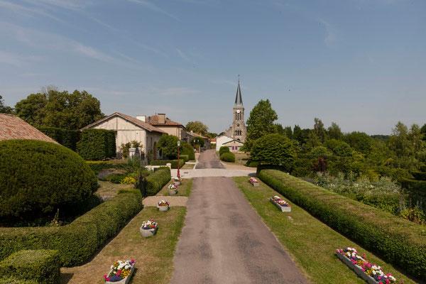 Grande Rue, Beaulieu-en-Argonne, gîtes Domaine Le Chatel