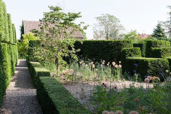 partie jardin Domaine Le Chatel, gîtes Maison Blanche et Koetshuis, Beaulieu-en-Argonne