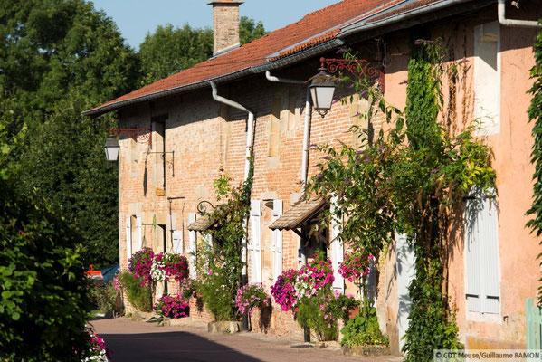 Beaulieu-en-Argonne, voir aussi 2 gîtes, Domaine Le Chatel,Argonne
