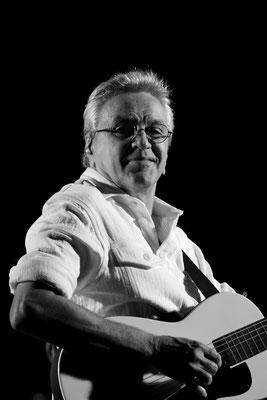 82 - Caetano Veloso