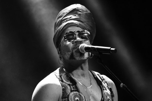 94 - Carlinhos Brown