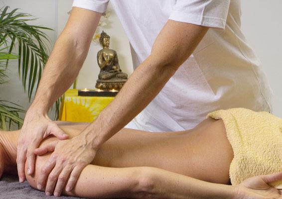 Energiebehandlung, Geistiges Heilen, Kreuzschmerzen lindern, Therapeutic Touch bei Rückenschmerzen
