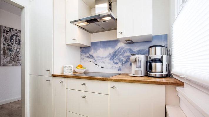 Küche mit Spülmaschine - Ferienwohnung Winterberg