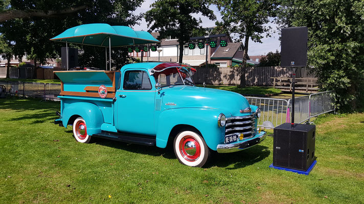 Chevrolet 3100 dj booth