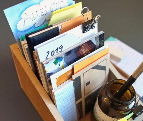 gesammeltes Schreibtischchaos …