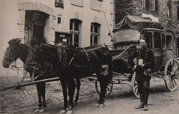 Postkutsche um 1920