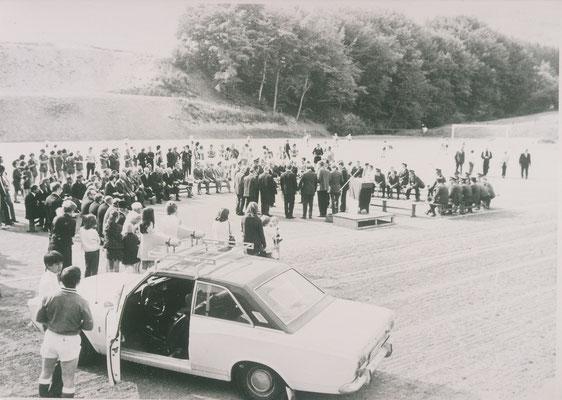 Sportplatzeinweihung im Tal in den 70ern