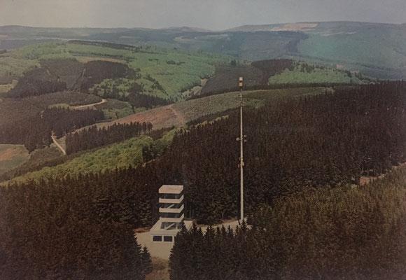 Bollerbergturm mit dem alten Sendemasten