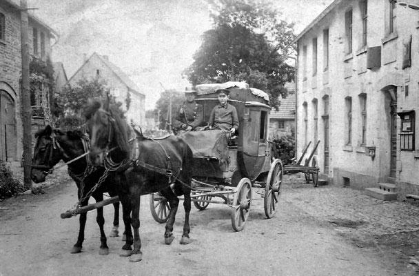 Postkutsche um 1910
