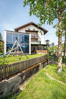 Gasthaus zum Brünnstein Oberaudorf Garten Spielplatz