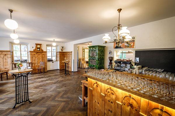 Gasthaus zum Brünnstein Oberaudorf Stube ohne Bestuhlung