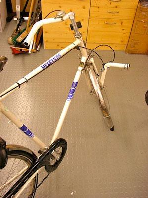 Fahrrad mit gebrochenen Komponenten