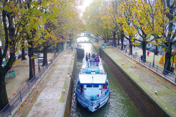Canal Péniche St-Martin.