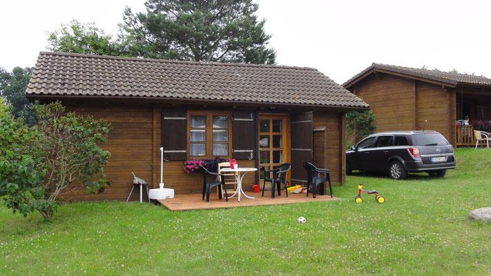 Haustyp B mit einem Schlafzimmer + Schlafboden unterm Dach - Die Blockhäuser am Plauer See © www.zweiseen.de/blockhaus