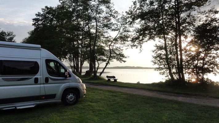Warum Platz 234 und seine Nachbarn zu den beliebtesten gehören? Schauen Sie doch einfach selbst ;-) © Naturcamping Zwei Seen am Plauer See/MV - www.zweiseen.de