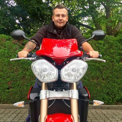 13.06.2016: Herr Kirn aus Weil am Rhein mit seiner neuen TRIUMPH Speed Triple 1050 ABS