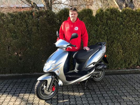 03.02.17: Michael Frey-Fribolin aus Welmlingen mit seinem neuen KYMCO Vitality 50