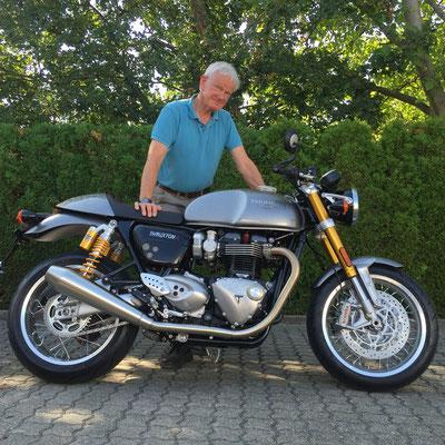 13.09.2016: Heiko Erler aus Murg mit seiner neuen TRIUMPH Thruxton R