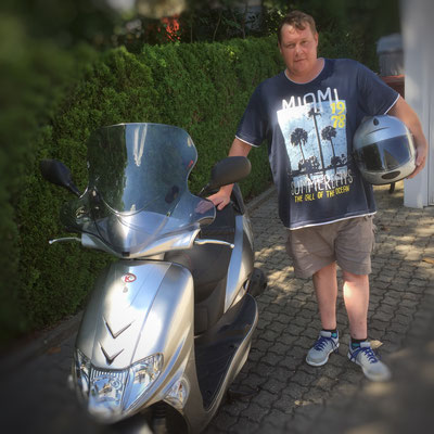 01.08.2016: Alain von Känel aus Lörrach-Tumringen mit seinem neuen KYMCO Vitality 50 2-T