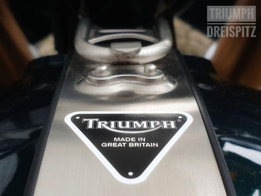 Triumph Thruxton R, Triumph Dreispitz, Binzen