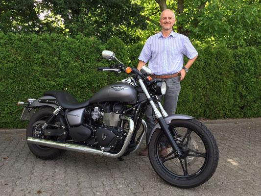 26.06.2015: Roland Kownatzki aus Lörrach mit seiner neuen TRIUMPH Speedmaster