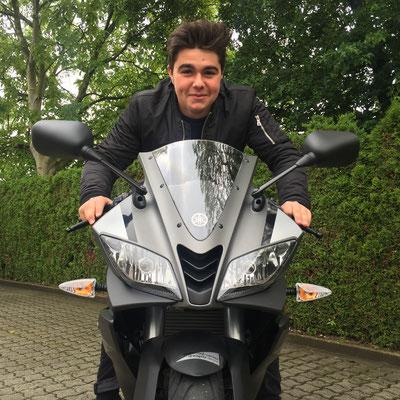 24.05.2016: Lukas Frey aus Binzen mit seiner neuen YAMAHA YZF-R125 ABS