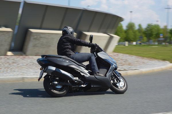 Kymco Xciting S400i ABS / Motorrad-Center Dreispitz  -  Motorräder, Roller, Vermietung