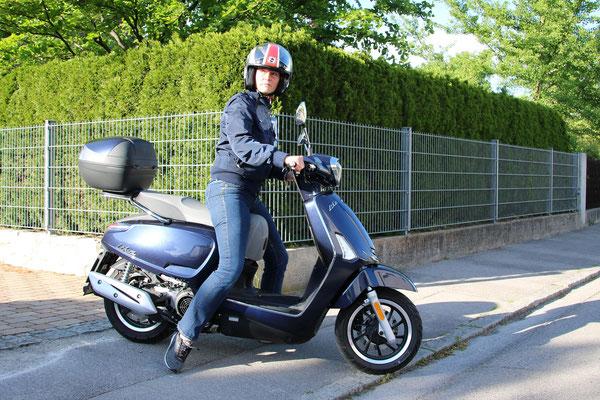 Kymco Like II 125i ABS / Motorrad-Center Dreispitz  -  Motorräder, Roller, Vermietung