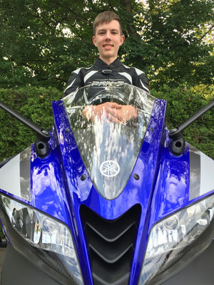 13.05.2015: Leonard Singler aus Schallbach mit seiner neuen YAMAHA YZF-R125 ABS