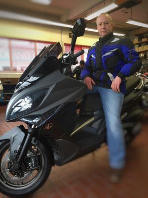 04.03.2016: Klaus Dieter Maier aus Rümmingen mit seinem neuen KYMCO Xciting 400 ABS