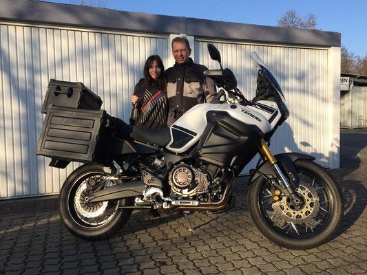 10.02.2015: Dr. Tiede aus Badenweiler gemeinsam mit seiner Tochter und seiner neuen YAMAHA XTZ1200Z ABS