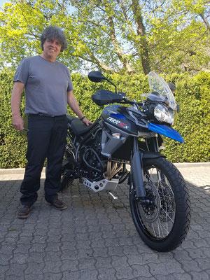 10.04.17: Ralf Kessler aus Pfinztal mit seiner neuen TRIUMPH Tiger 800 XCx