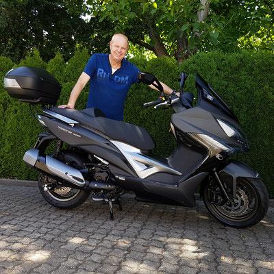 05.07.2017: Rolf Hauser aus Lörrach mit seinem neuen KYMCO Xciting 400i ABS