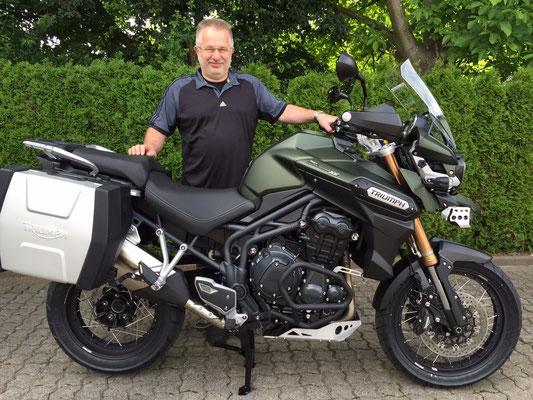 19.06.2015: Horst Winkler aus Efringen-Kirchen mit seiner neuen TRIUMPH Tiger Explorer XC ABS