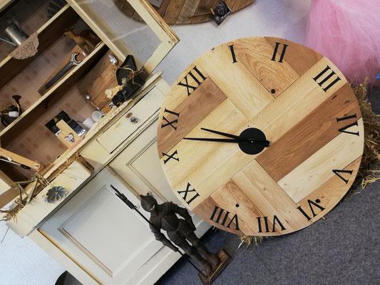 Joyeuse horloge 90 cm