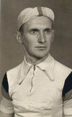 August Becker im Nationaltrikot