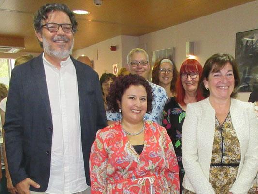 José Maria Álvarez, Leiter des Universitätschores CEU San Pablo, mit  Mercedes Guerrero Arciniegas, Chorleiterin von vocalis, und der Vizerektorin der Universität CEU San Pablo