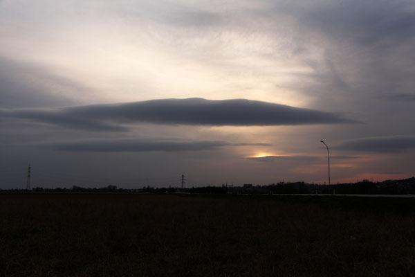 """""""Sonnen-UFO"""" mit Mutterschiff, 26.3.2020"""