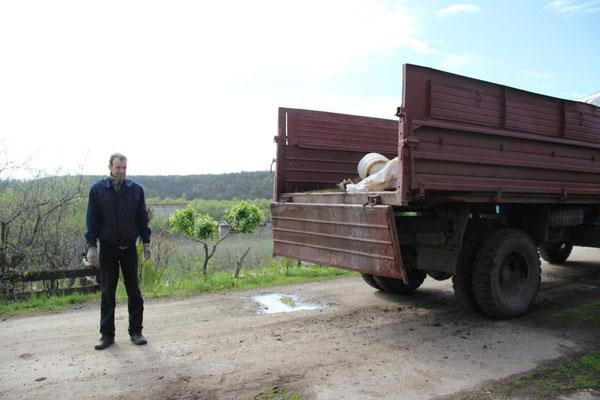 Начат вывоз мусора в Сосновке. 30 апреля 2016 года