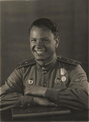 В.Ф. Хохлачёв перед Курской битвой. 1943 г.