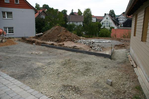 Pflasterung Vorplatz DGH Alte Schule 1