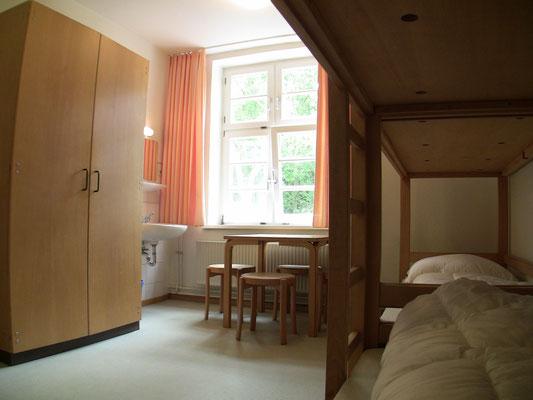 """IVHs Zimmer """"Fuchsbau"""""""