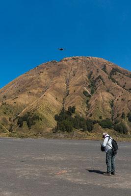 Dionys schickte seine Drone in den Vulkan!