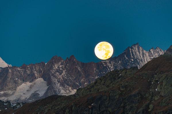 Nach der totale Mondfinsternis am 28.09.2015 Grimsel